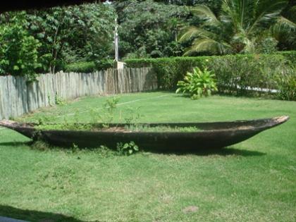 canoa furada