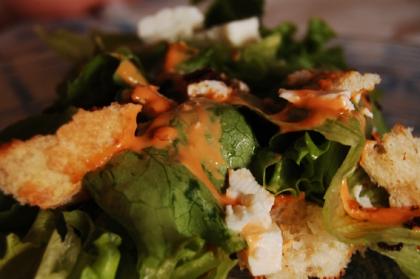 Salada verde com queijo de cabra tio frescal